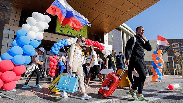 Туризм в обмен на суверенитет: высокая плата за возвращение российских туристов в Египет (NoonPost, Египет)