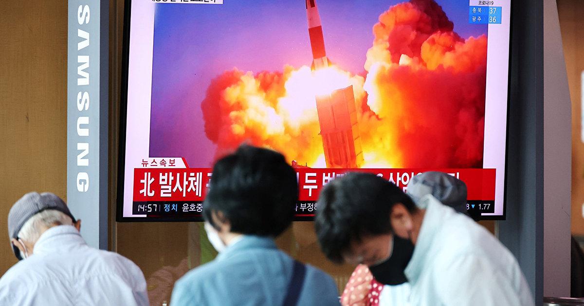 Северная Корея осуществила пуск двух баллистических ракет в сторону Японии