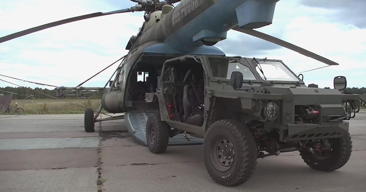 Yahoo News Japan (Япония): российская армия сообщила в соцсетях об участии в военных маневрах новейшего внедорожника и показала его транспортировку в